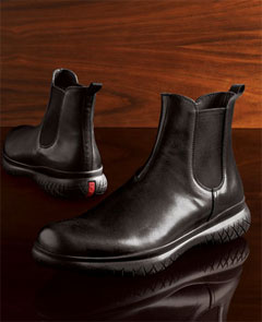 Ask the MB: Footwear for a Little Rain