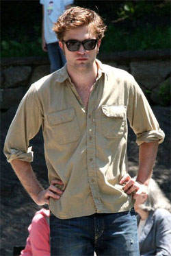 How to Wear an Untucked Sport Shirt, by Robert Pattinson